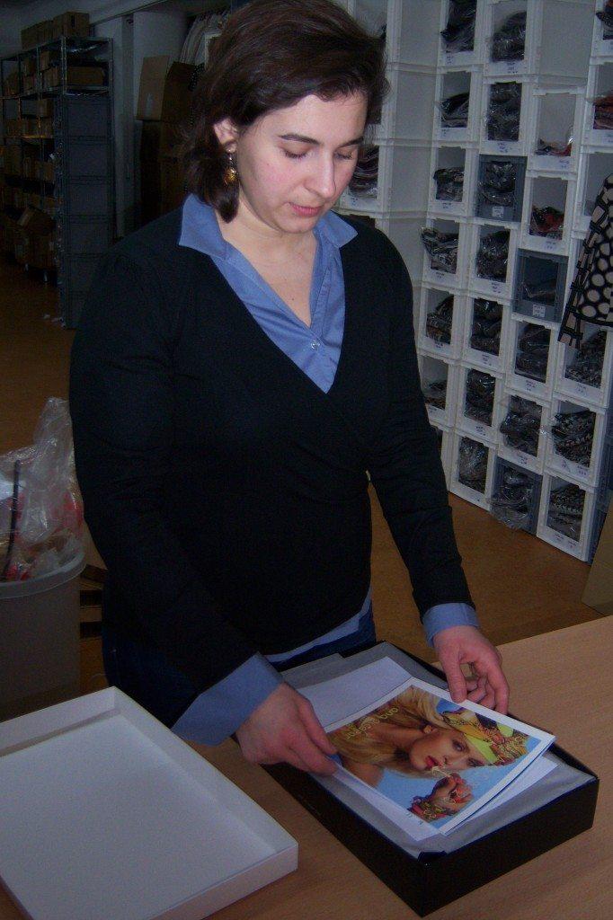 ana alcazar Katalog kommt in die Bestellung
